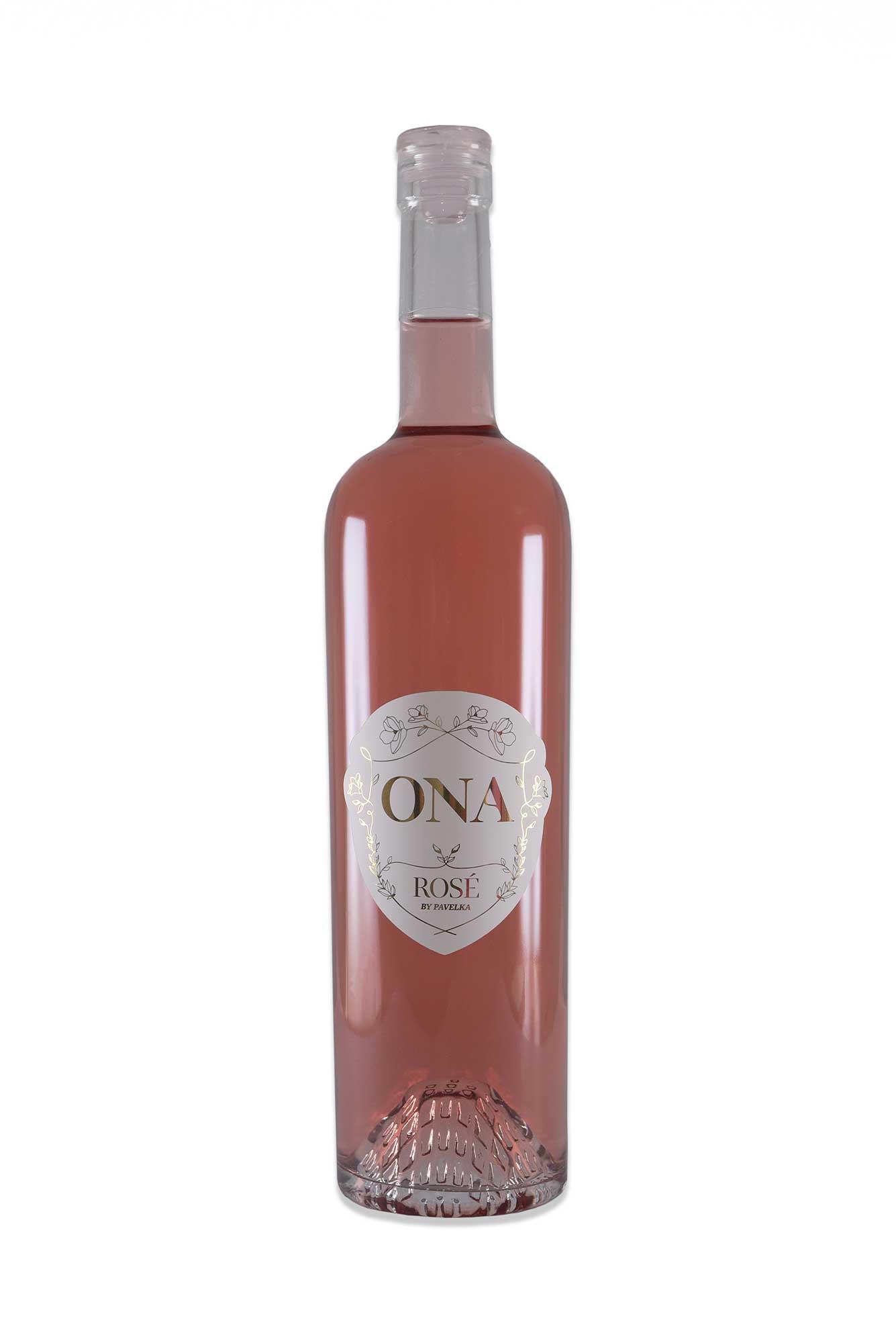 ružové víno ONA by Pavelka odbalená flaška